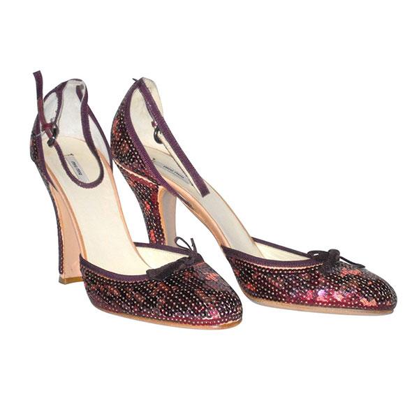 Zapatos con lentejuelas de Miu Miu