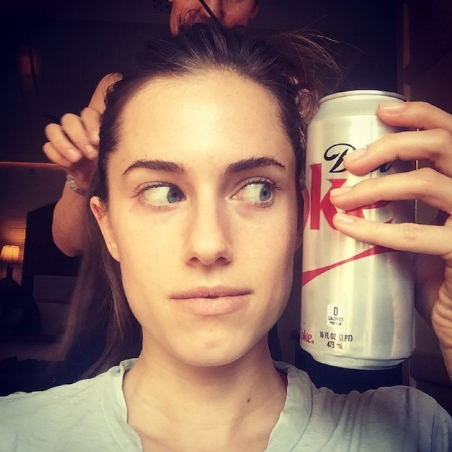 Allison Williams Sin Maquillaje