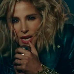 Elsa Pataky canta en el vídeoclip 'I'm so excited'