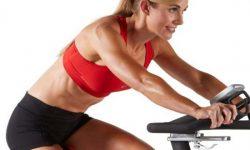 Ejercitarse con bicicleta estática, Beneficios y Recomendaciones