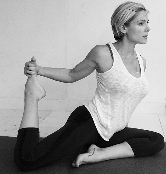 elsa-yoga4
